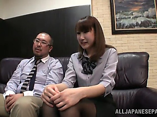 Hawt office sex with the hawt japanese chick minami hirahar
